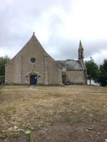 Façade est de la chapelle Saint Cado /cultivataculture