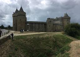Vue sur l'ensemble du château /cultivetaculture